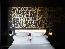 i-5-hotel-pi-strani-di-parigi